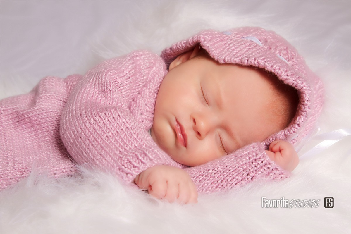 © Favorite Photography, Cute Sleeping Baby, Newborn Girl, Studio Shoot